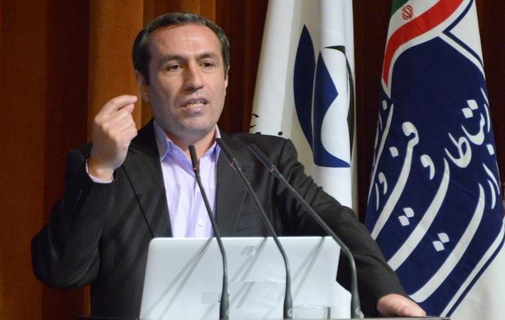 معاون وزیر ارتباطات اطلاع داد: کاهش قیمت مکالمات خارجی تا حد زیادی مربوط به مسائل ارزی است