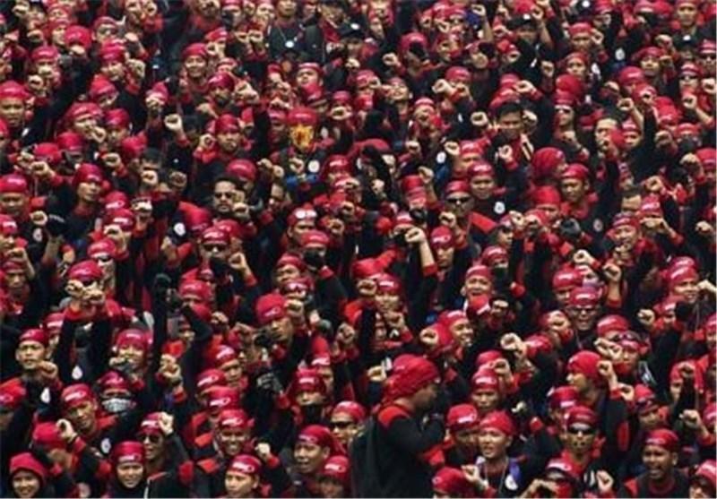 تظاهرات هزاران کارگر در اندونزی در اعتراض به دستمزد ها