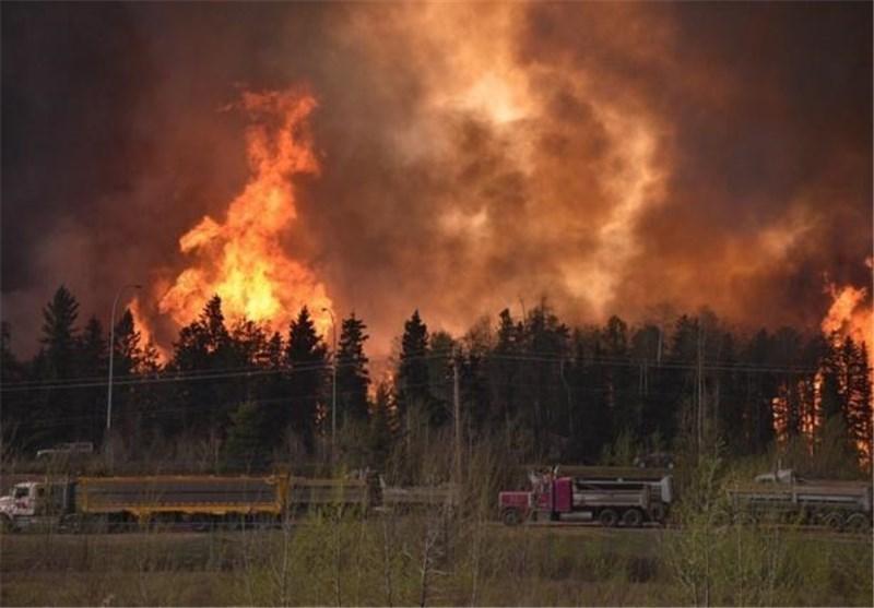 گسترش آتش سوزی در کانادا به تخلیه کامل یک شهر 80 هزار نفری منجر شد