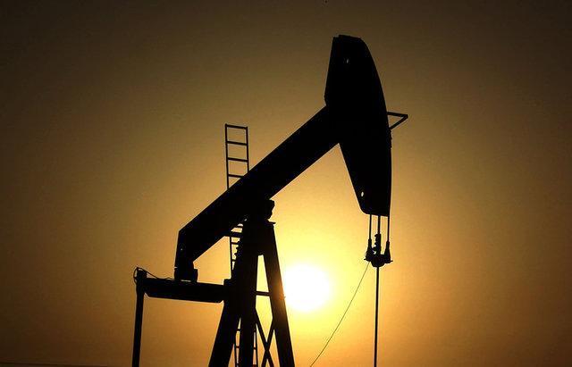 کانادا به موج کاهش فراوری نفت پیوست