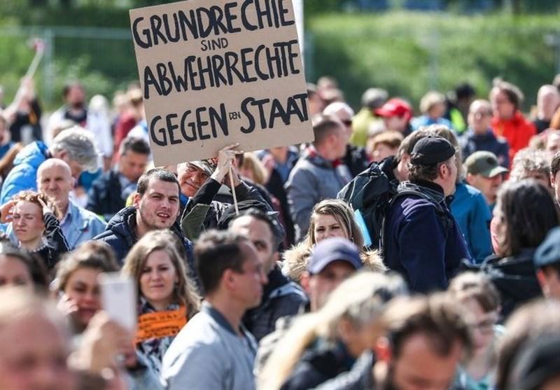 اعتراضات گسترده علیه محدودیت های کرونایی در برلین و اشتوتگارت