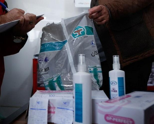 پک های بهداشتی در خوابگاه های دانشگاه علوم پزشکی شهرکرد توزیع شد