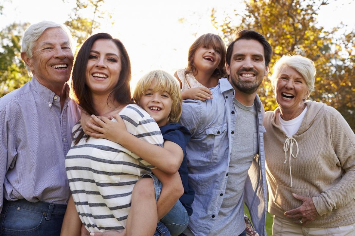 مقاله: اسپانسری والدین برای رفتن به کانادا