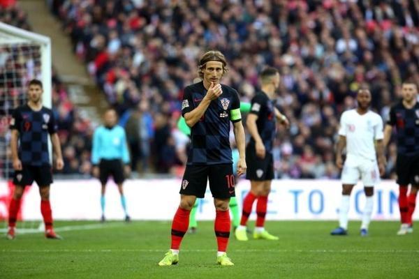 مودریچ: می خواهم با پیراهن رئال از فوتبال خداحافظی کنم