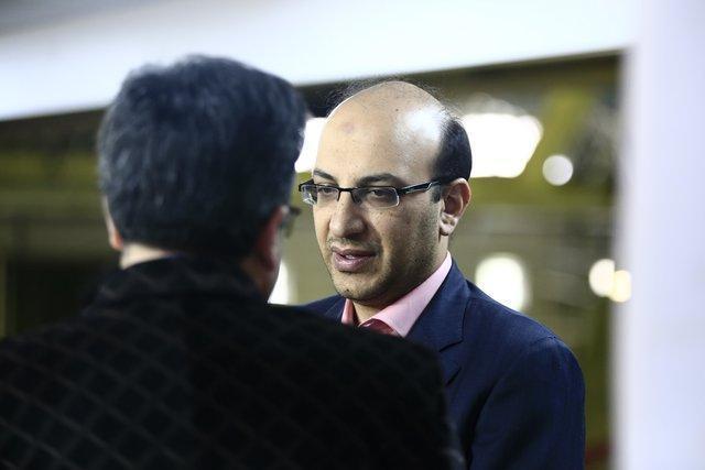 حضور شبانه معاون وزیر ورزش در باشگاه استقلال