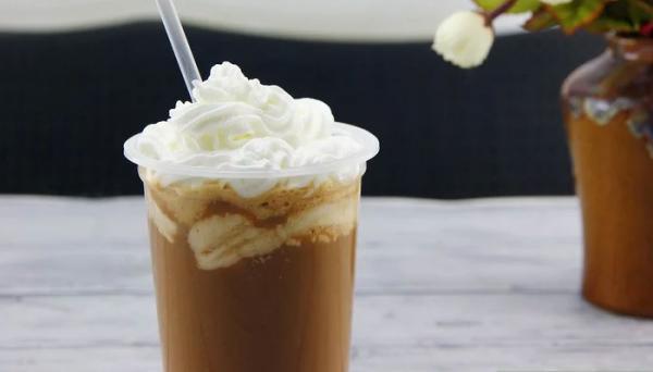 طرز تهیه کافه گلاسه در خانه