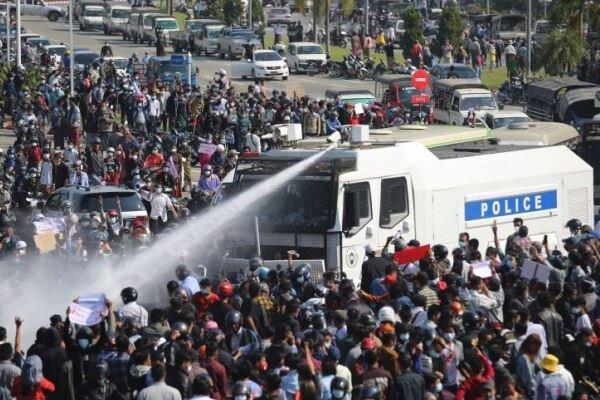 وقوع تیراندازی در اعتراضات میانمار، 2 نفر زخمی شدند