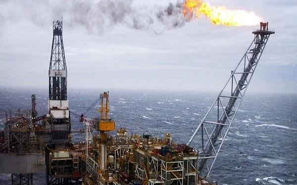 دورخیز شرکت های آمریکایی برای افزایش فراوری نفت خبرنگاران