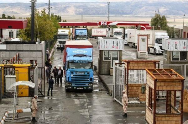 خبرنگاران بیش از 350 هزار تُن فرآورده دامی پارسال از مرز بازرگان ترانزیت شد