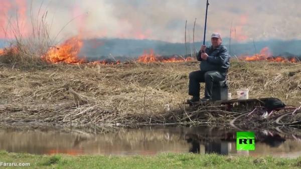 (ویدئو) ماهیگیری در آتش!