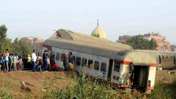 مصر، 11 کشته و 100 زخمی در خروج قطار از ریل