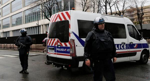 دادگاه فرانسه دولت را به علت رفتار ناشایست پلیس با دانش آموزان رنگین پوست جریمه کرد