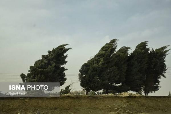 وزش باد شدید در زنجان