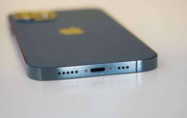 تور اروپا ارزان: تصمیم اتحادیه اروپا برای تبدیل USB، C به پورت استاندارد شارژ به ضرر اپل خواهد بود