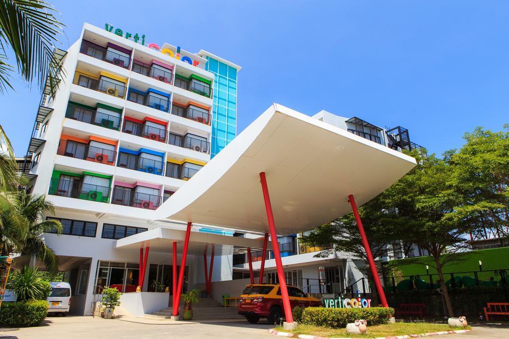 هتل 3 ستاره ورتی کالر ساموئی