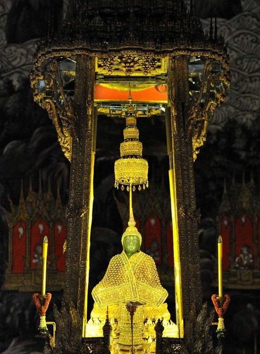 معبد بودای زمردین تایلند